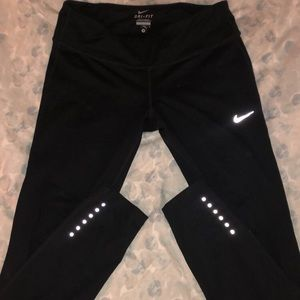 Mid rise Nike leggings